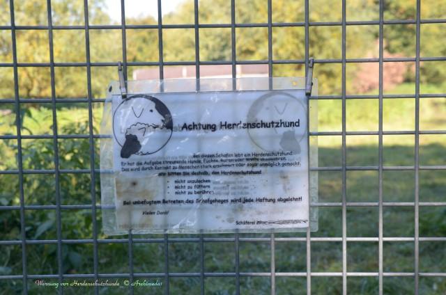Warnung vor Herdenschutzhunde_© Archimeda1